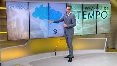 Frio começa a diminuir aos poucos pelo Brasil - Amanhã (13), o dia ainda começa frio no Sul e no Sudeste.