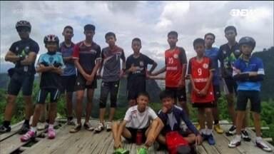 O resgate dos meninos em caverna na Tailândia