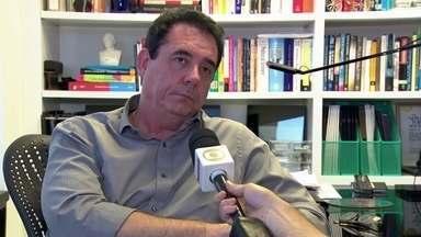 """Extra: É legal comprar seguidores nas redes sociais? - Para o diretor de Análise de Políticas Públicas da FGV, Marco Aurélio Ruediger, comprar seguidores e curtidas nas redes sociais é moralmente condenável. Para ele, a legislação sobre isso é """"cinzenta""""."""