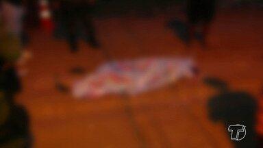 Mulher morre atropelada por trator durante obra em rua de Santarém, no Pará - O acidente aconteceu no fim da tarde desta terça-feira (17), na rua Cristo Rei, bairro Diamantino. As causas serão apuradas.