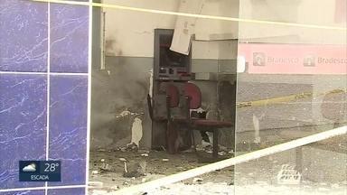 Bandidos explodem posto bancário em Lagoa dos Gatos, no Agreste - depois, assaltantes invadiram loja na mesma cidade
