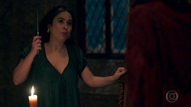 Lucrécia coloca cinto de castidade em Rodolfo - Ela o castiga enquanto Glória estiver no castelo