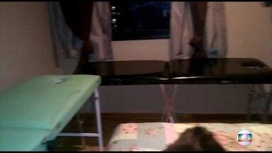 Veja imagens da cobertura onde Dr. Bumbum realizava atendimentos - O médico e a mãe, Maria de Fátima Furtado, foram presos por homicídio qualificado e associação criminosa.
