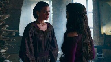 Catarina revela para Brice o seu ódio por Afonso - A mãe reluta, mas acata o pedido da filha