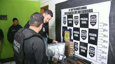 Operação integrada da polícia em Ortigueira apreende armas e prende 14 em flagrante - O objetivo é combater o comércio de armas que iriam para assaltos pequenos, até explosões de caixa e ataques a carros-fortes. A operação incluiu a Polícia Rodoviária Federal, Polícia Civil e Ministério Público.