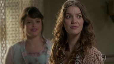 Ema e Ernesto voltam para o cortiço - O casal fica sem graça quando Elisabeta pergunta como foram os dias no bangalô de Ludmila