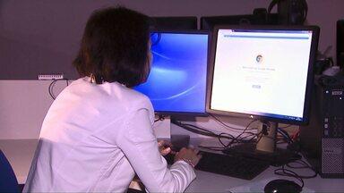 A 'dor de cabeça' de pessoas que tiveram contas bancárias invadidas pela internet - Assim que a vítima descobrir a invasão, polícia orienta registro imediato de boletim de ocorrência.