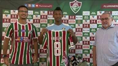 Com menos de um mês, Fluminense apresenta o quarto reforço no ataque - Equatoriano Cabezas é apresentado no Fluminense. O tricolor enfrenta o lanterna do Campeonato Brasileiro.