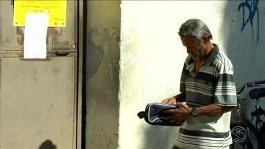 Moradores reclamam de atraso no serviço dos Correios em Resende, RJ - População está tendo prejuízos com demora de correspondências e mercadorias.