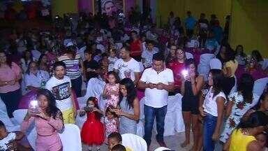 Moradores de Nova Olinda realizam festa de 12 anos para menina com fibrose cistica - Saiba mais em g1.com.br/ce