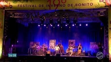 Música Popular Brasileira é destaque no Festival de Inverno de Bonito - Festival é realizado a 19 anos no município de Bonito. Conta com música, artesanato e culinária.