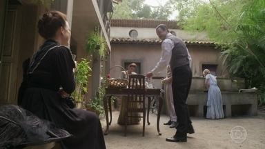 Julieta convida Olegário para voltar ao Vale do Café - Olegário recusa e diz que ainda tem um longo caminho a percorrer para ser uma pessoa melhor