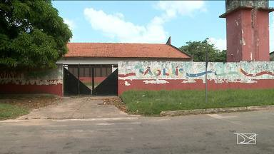 Escola ainda não começou o ano letivo 2018 em São Luís - Segundo semestre do ano já vai começar, mas os estudantes ainda não tiveram aulas por conta de uma reforma na escola Professor Mata Roma