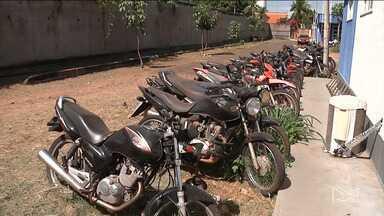Polícia Militar encontra dificuldades para devolver motocicletas em Codó - Segundo a PM as motocicletas antes de roubadas já tinham sido vendidas para terceiros e os documentos não foram mudados nos órgãos de trânsito