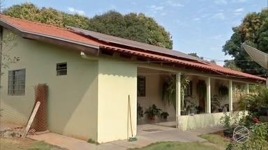 Pequenos produtores têm bons resultados com energia solar em MS - A energia limpa não libera resíduos ou gases poluentes ao ser produzida.