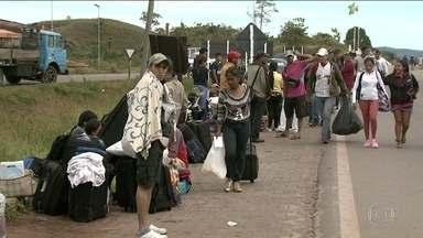Fronteira de Roraima com Venezuela segue fechada após decisão judicial - A ministra do STF Rosa Weber negou um pedido do governo de Roraima para fechar a fronteira do estado com a Venezuela. A decisão foi tomada horas depois que a polícia fechou fechou a fronteira cumprindo uma ordem da Justiça Federal de RR.