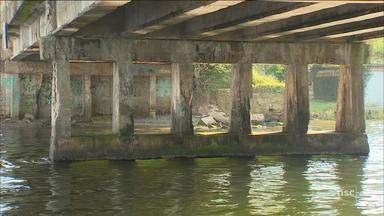 Obras na ponte da Barra da Lagoa devem ser retomadas após postes serem retirados - Obras na ponte da Barra da Lagoa devem ser retomadas após postes serem retirados
