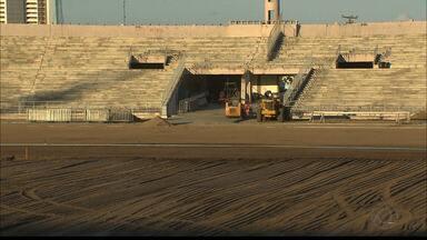 Começa as obra de reforma do gramado do Estádio Amigão - As máquinas já estão trabalhando no estádio.