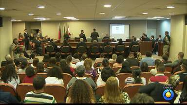 JPB2JP: Julgamento do suspeito de matar advogada paraibana é realizado em João Pessoa - No Fórum Criminal.