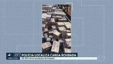 Polícia recupera carga de produtos de limpeza e higiene roubada em Jaboatão - Carga está avaliada em R$ 300 mil.