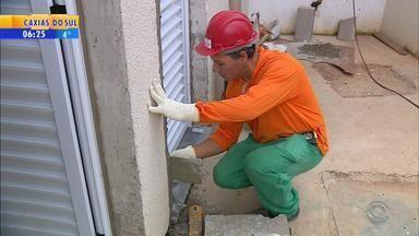 Construção civil dá sinais de recuperação do setor no RS - 48% dos trabalhadores da área atuam por conta própria.