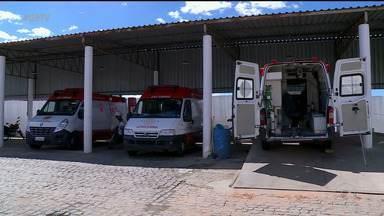 Falta de maca nas ambulâncias do Samu deixa o serviço limitado, em Petrolina - O problema é antigo.