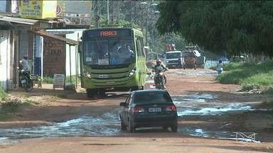Moradores de bairro em São José de Ribamar reclamam da falta de infraestrutura das ruas - Moradores do Alto do Turu reclamam das ruas que não tem asfalto e a maioria tem esgoto e lixos expostos.