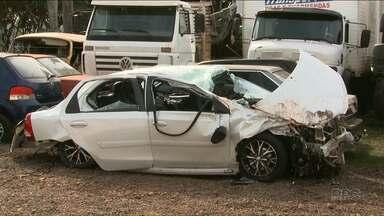 Motorista bêbada provoca acidente com morte na BR-369 - Acidente foi ontem à noite em Londrina.