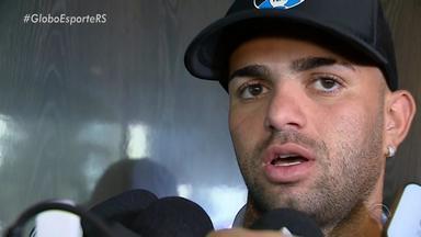Atacante do Grêmio, Luan fala sobre boa fase de Everton - Assista ao vídeo.