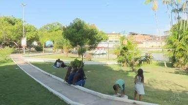 Praças da cidade é o principal lazer aos fins de semana, no AP - Domingo é dia de passeio, no parque do Forte recém revitalizado está atraindo grande público. E passear na praça é programa da família amapaense e principalmente dos jovens
