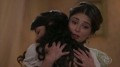 Cecília conforta Mariana - A jovem despista a irmã sobre o verdadeiro motivo de ter seus cabelos cortados. Cecília desconfia e pergunta se Mariana está doente