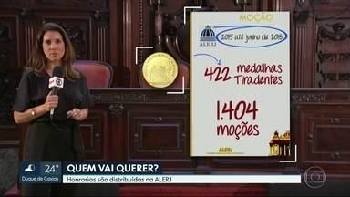 Na ALERJ deputados distribuem homenagens - O deputado Zaqueu Teixeira, do PSD, é o recordista com 161 moções entregues. O deputado Renato Cozzolino, do PRP, num único dia concedeu 54.