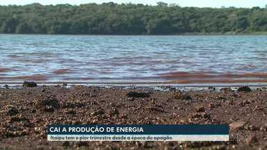 Produção de energia cai por causa da chuva abaixo da média - Itaipu teve o pior trimestre dos últimos anos.