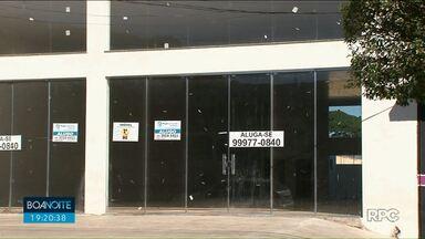 Proprietários fazem promoção para tentar alugar imóveis comerciais em Cianorte - Tem proprietário deixando de cobrar o primeiro aluguel, para tentar atrais locatários.