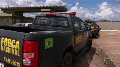Após conflitos em Pacaraima, homens da Força Nacional chegam a Boa Vista - Homens das polícias Militar e Rodoviária Federal e do Exército já reforçam a segurança nas ruas. Centenas de imigrantes voltaram a cruzar a fronteira.