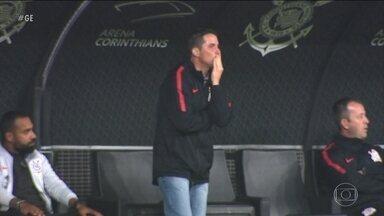 Corinthians tem dificuldade para se reencontrar nas competições - Fluminense enfrenta o Corinthians pelo Campeonato Brasileiro.