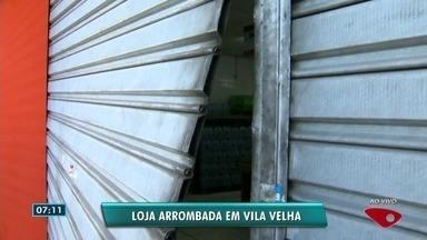 Dois estabelecimentos comerciais são arrombados, em Vila Velha, ES - Em uma das lojas, os criminosos foram presos.