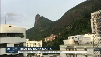 Moradores do Morro Dona Marta acordaram com barulho de tiros - Policiais da UPP disseram que foram recebidos a tiros durante um patrulhamento no início da manhã.