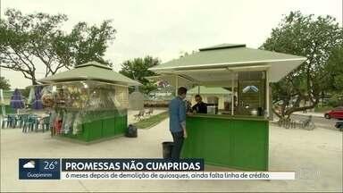 Comerciantes esperam promessas 6 meses após demolição de quiosques em Vila Kennedy - A Prefeitura do Rio entregou novos quiosques legalizados, mas não cumpriu outras promessas que fez depois da demolição. Comerciantes ainda esperam linha de crédito.