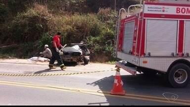 Motorista envolvido em acidente em Barra de São Francisco se apresenta à polícia, no ES - Ele disse que deixou o local do acidente por medo de ser agredido.