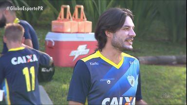 Londrina vive problemas no ataque - Setor não vem rendendo sem Dagoberto, e enquanto Roberto Fonseca pensa em soluções em campo, a diretoria fala em um troca-troca