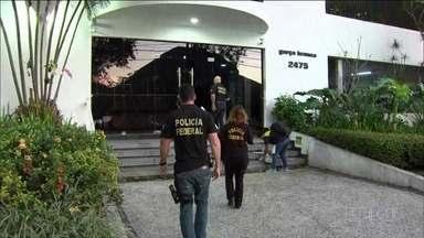 Ex-secretário de saúde do RJ Sérgio Côrtes é preso pela 2ª vez na Lava Jato - A Polícia Federal está realizando operação no Rio de Janeiro contra a máfia do sistema de saúde. O ex-secretário de saúde, Sérgio Côrtes, foi preso na manhã desta sexta-feira (31).