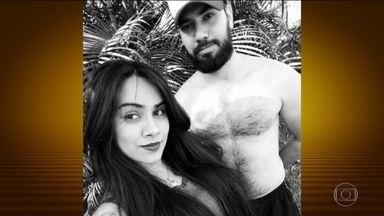 Jovem é assassinada em Goiás, e namorado é preso em flagrante - De acordo com a polícia, casal tinha discutido e a jovem quis sair de casa. Homem alegou que o disparo foi acidental e que pensou que a arma estivesse descarregada.