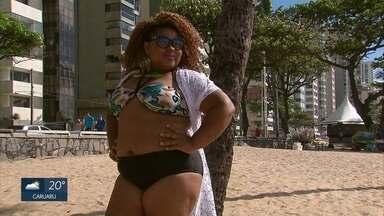Projeto 'As mil faces de uma plus' promove ensaio fotográfico na praia de Boa Viagem - Grupo se uniu para lutar contra o preconceito e defender a beleza da mulher gorda.