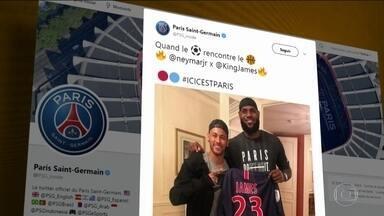 Neymar e Mbappé mostram carinho com LeBron James - Neymar e Mbappé mostram carinho com LeBron James.