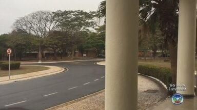 Unesp de Rio Preto oferece isenção da taxa de inscrição de vestibular - Os pedidos de isenção ou redução da taxa de inscrição para o vestibular na Universidade Estadual Paulista (Unesp) em São José do Rio Preto (SP) começam nesta segunda-feira (3).
