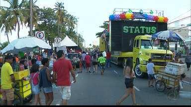 Veja como foi a Parada LGBT em João Pessoa - Valeska Popuzuda foi a grande atração do evento.