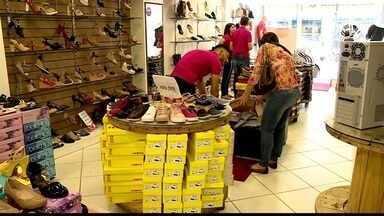 Liquida Colatina envolve 100 lojas com descontos de até 70% - Comerciantes esperam crescimento nas vendas.