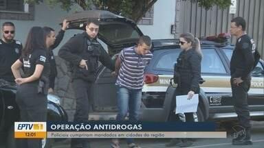 Operação da Polícia Civil de Pouso Alegre prende mais de 30 envolvidos com tráfico - Operação da Polícia Civil de Pouso Alegre prende mais de 30 envolvidos com tráfico