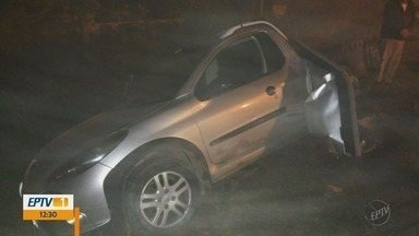 Homem assalta postos de combustíveis e bate o carro em Poços de Caldas (MG) - Homem assalta postos de combustíveis e bate o carro em Poços de Caldas (MG)